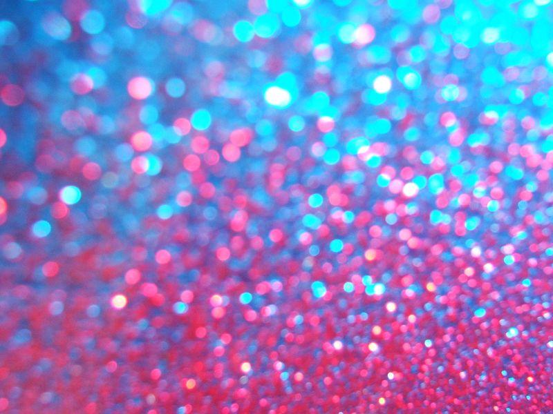 Glitter_by_heyapaleface